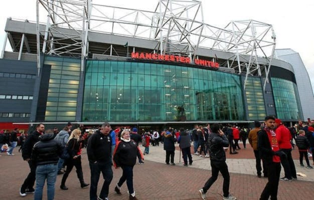 Manchester United's season ticket prices frozen for 6th straight year