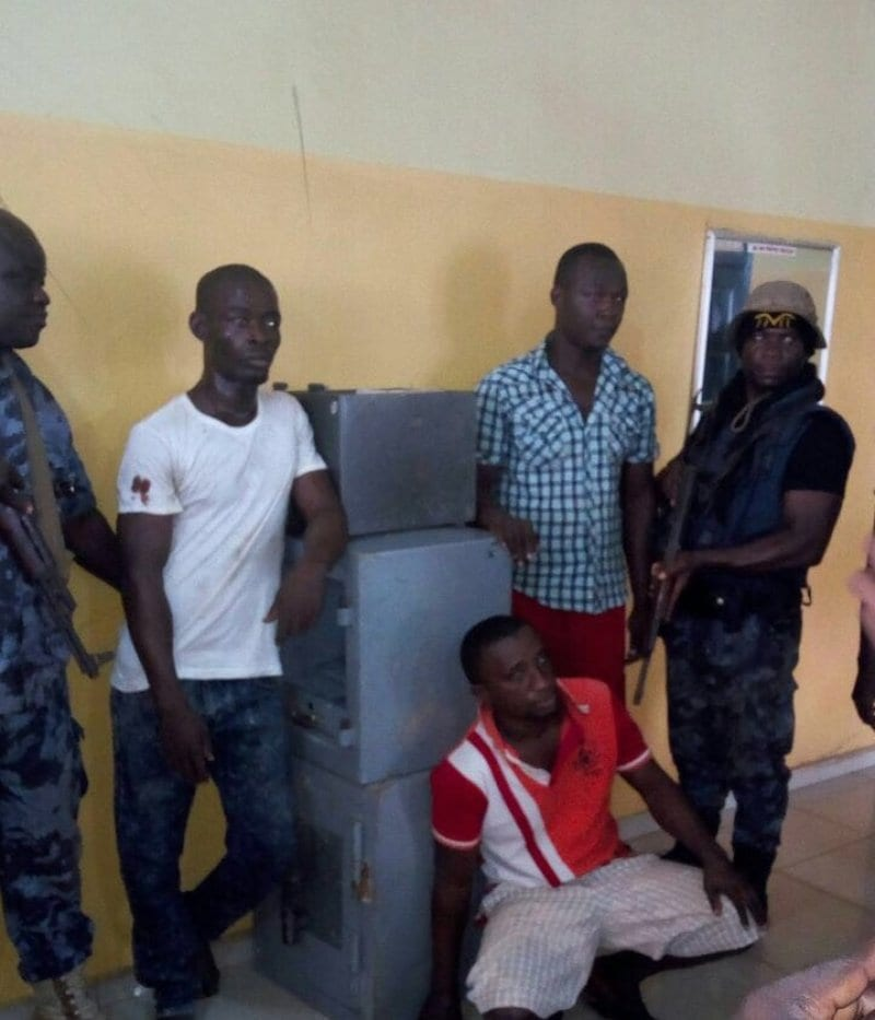Armed Robbers attack OWASS students, 2 sustain injuries