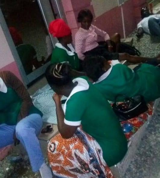 PHOTOS:How unemployed nurses spent the night at Health Ministry