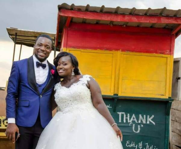 Photo: 'Lotto Kiosk Couple' thank their guests
