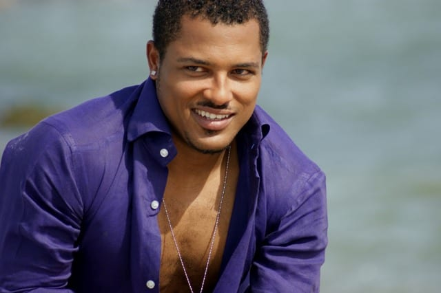Photo: Van Vicker cannot keep calm about his family
