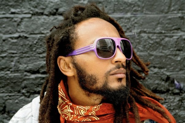 Wanlov gives us new daddy goals for 2017 with this photo with his children