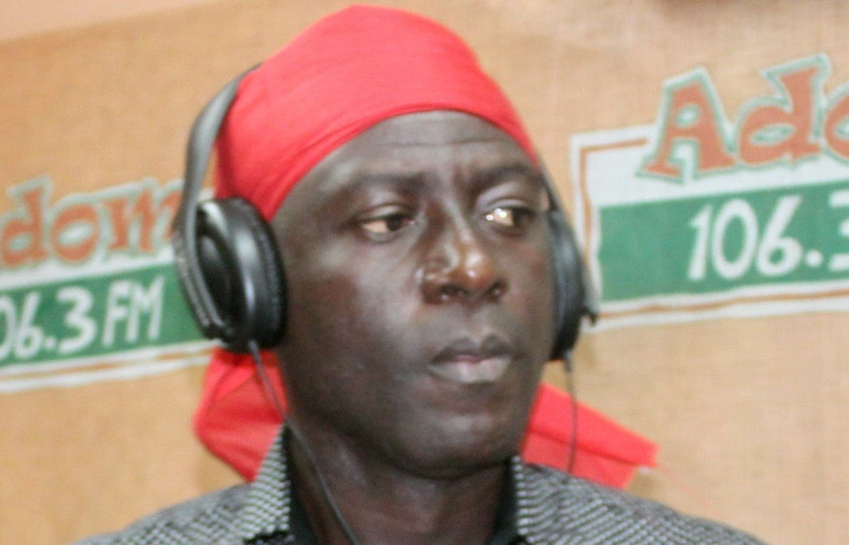 Video: Captain Smart weeps uncontrollably over KABA's death