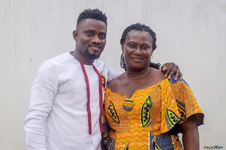 Bismark The Joke flaunts his adorable mother as she turns a year older