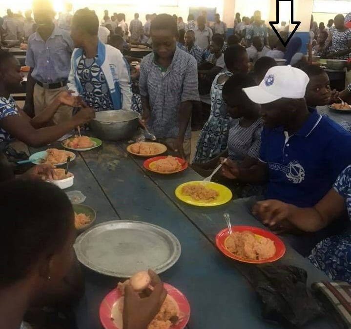 "Suhuyini and colleagues eat ""free SHS food """