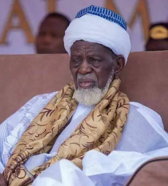 National Chief Imam Sheikh Sharubutu storms parliament