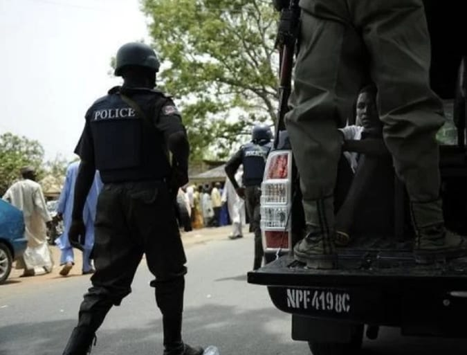 Nigeria: Wanted 'Ghana' Boys attack again, killing one, set police van ablaze