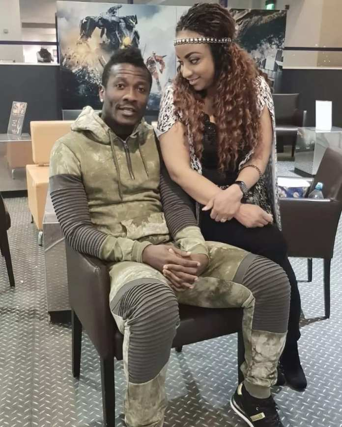 Throw Back: 5 EXCLUSIVE Pictures of the LADY who 'scattered' ASAMOAH GYAN's marriage and WHY 2