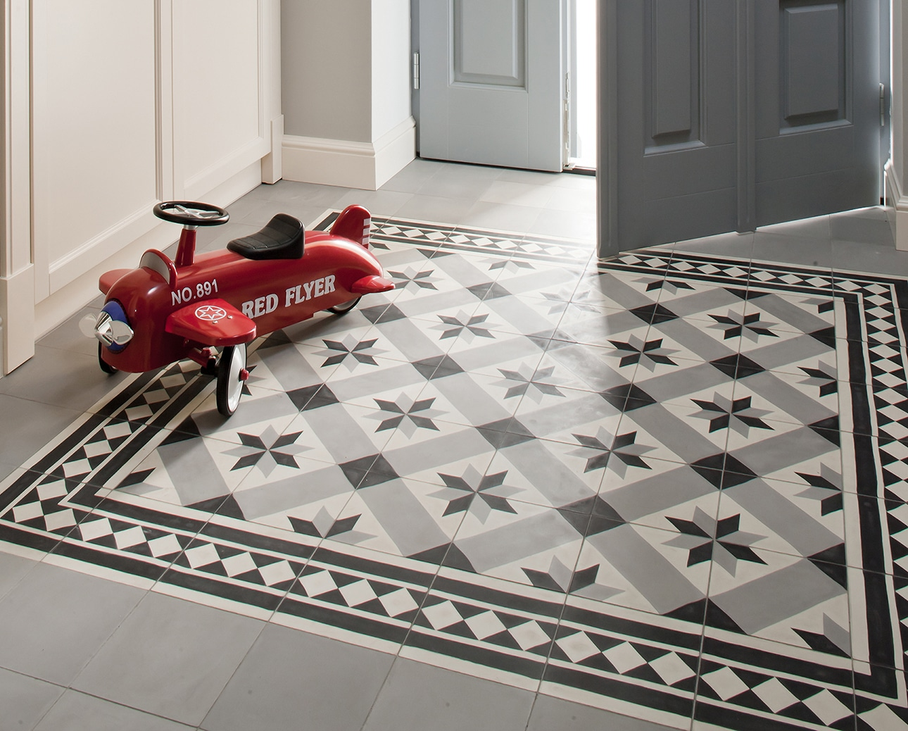 ideas for decorating the entryway floor