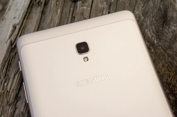 Samsung Galaxy Tab A 8.0 2017 camera