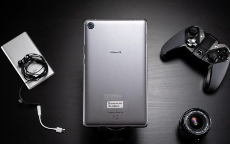 Huawei MediaPad M5 8 back