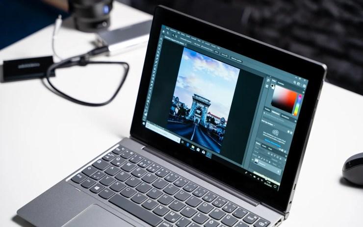 Lenovo IdeaPad D330 with Photoshop