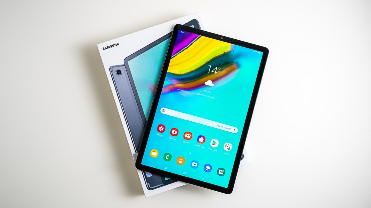 Samsung Galaxy Tab S5e Unboxing