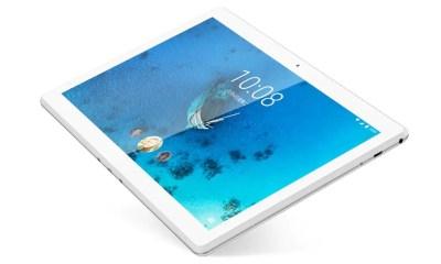 Lenovo Tab M10 HD in polar white