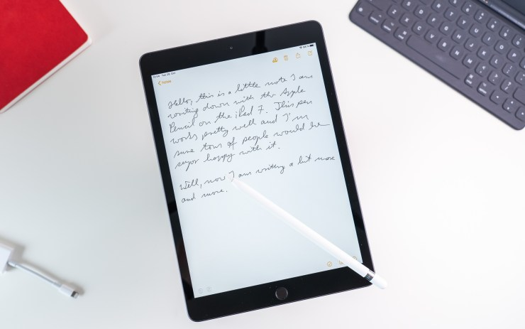 Apple iPad 7 with stylus