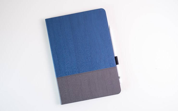 ESR iPad 7 Case