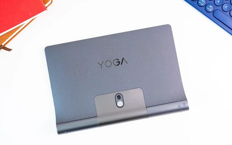 Lenovo Yoga Smart Tab back