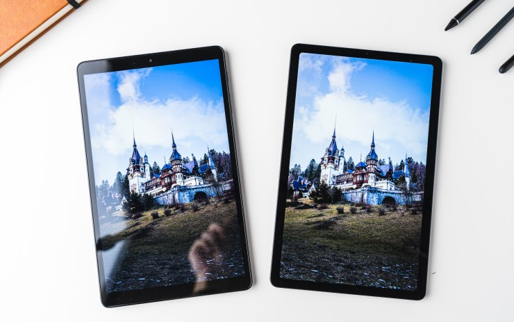 Samsung Galaxy Tab S6 Lite VS Tab A 10 Display