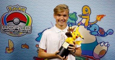 2016_pokemon_tcg_senior_division_world_champion_jesper_eriksen