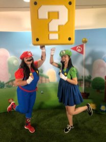 san_diego_comic_con_nintendo_cosplay_mario_and_luigi