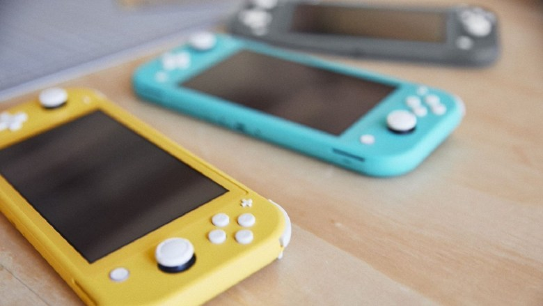 switch_lite_consoles