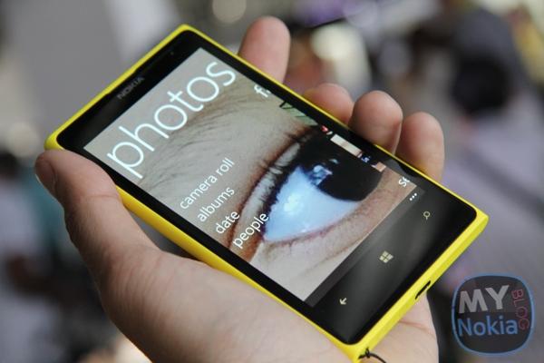 MNB IMG_0202 Nokia Lumia 1020 yellow