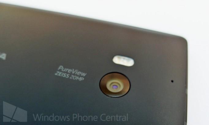 Verizon_Lumia_929_camera_cleaned