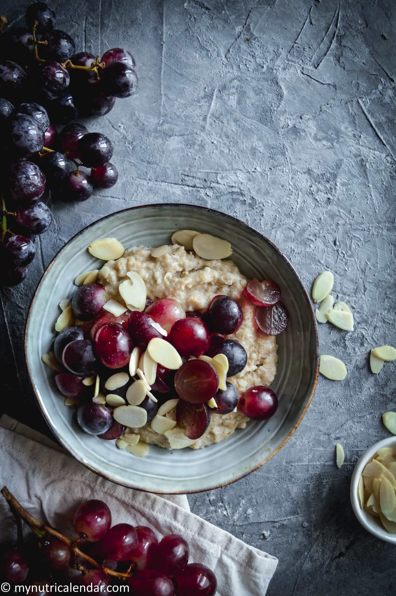 oat porridge with fresh grapes maple syrup