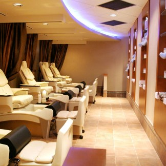 Calgary Spa | Group Pedicure | Showers