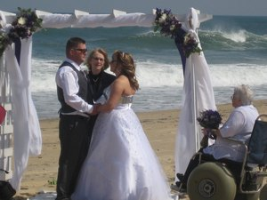 Wheelchair-friendly-wedding-2