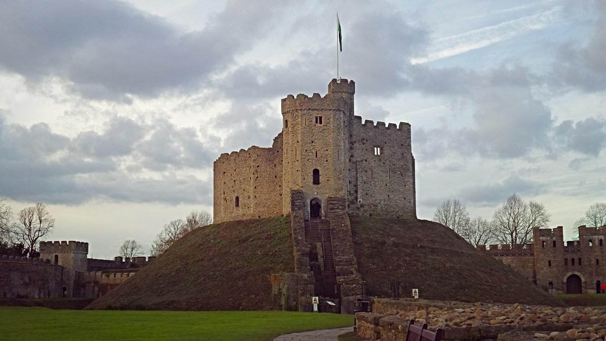 Cardiff Castle Castell Caerdydd My Odd Adventures