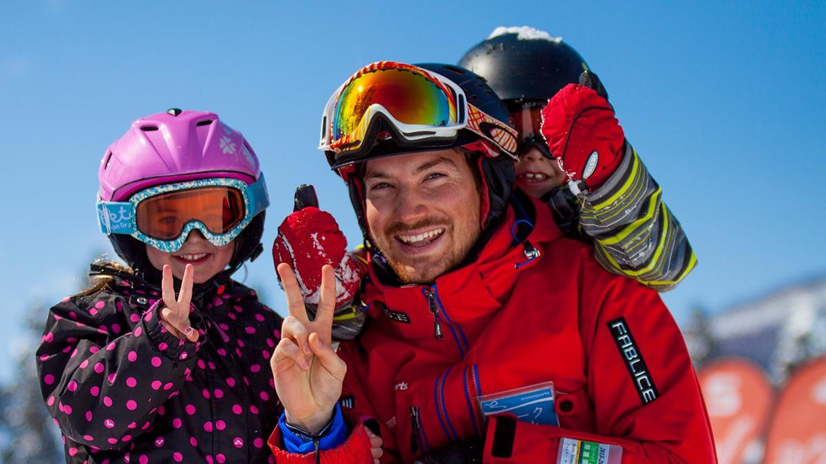 MM-Ga-1-1200w-x-675h-800wx450h Kids (3-6) Mini Mountaineers - Group Ski Lessons