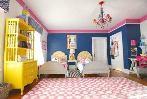 PHOEBE HOLIDAY BEDROOM!