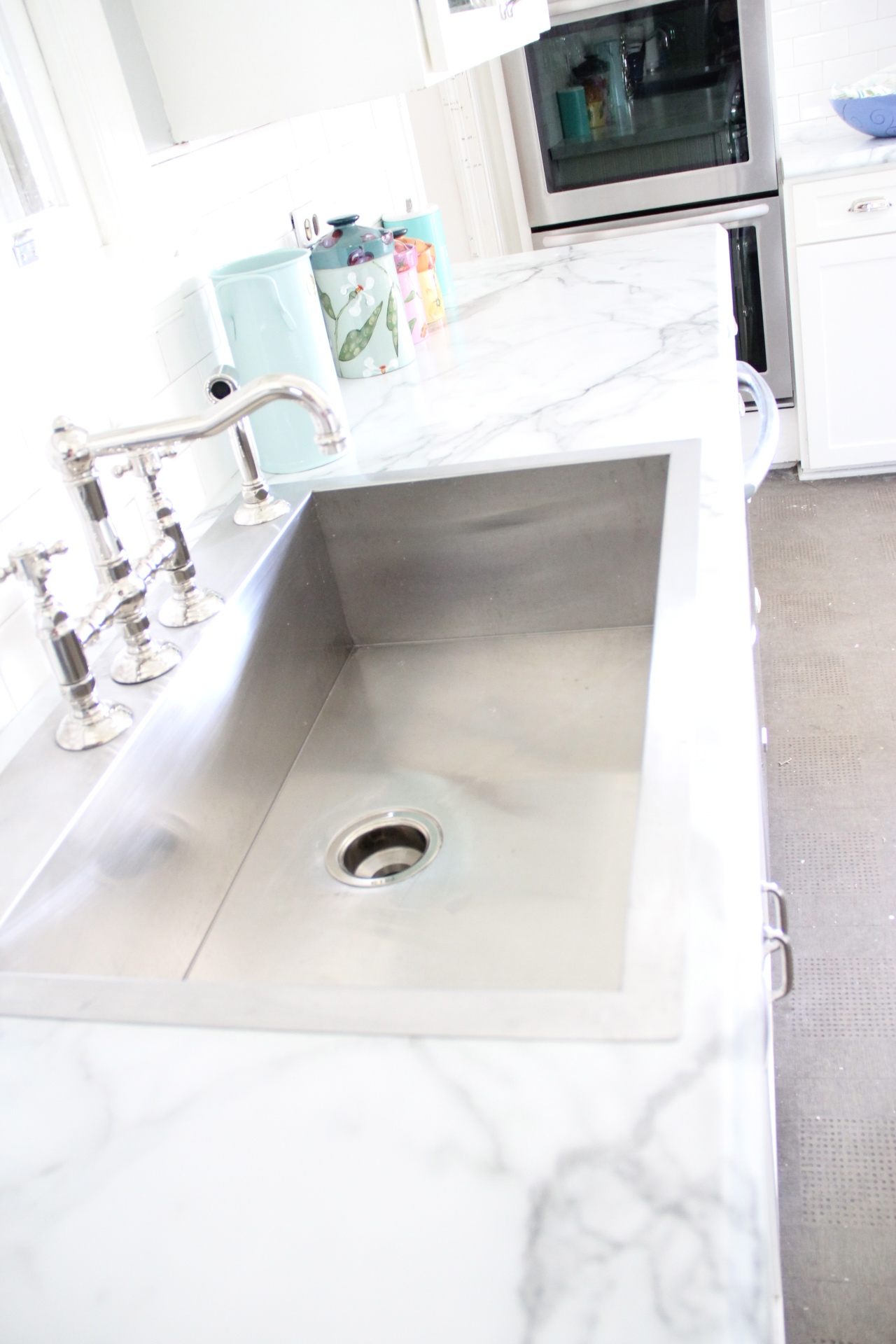 CHOOSING FORMICA MARBLE OVER REAL MARBLE –