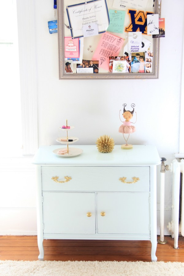 I REPAINTED her side table Benjamin Moore Spring Mint - semi gloss Advance.