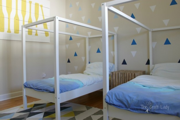 THE CRAZY CRAFT LADY TWIN BEDROOM DESIGN