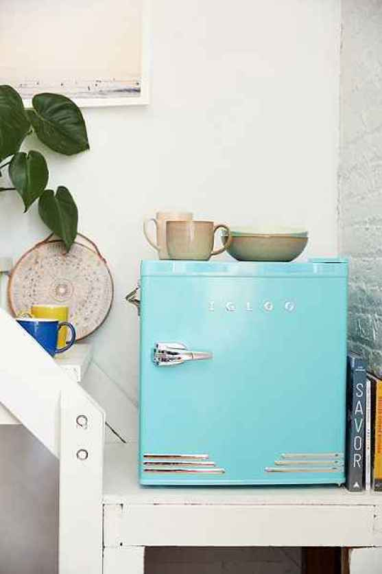 URBAN OUTFITTERS 1.6 CU FT MINI FRIDGE HOME SALE NOW 25% OFF