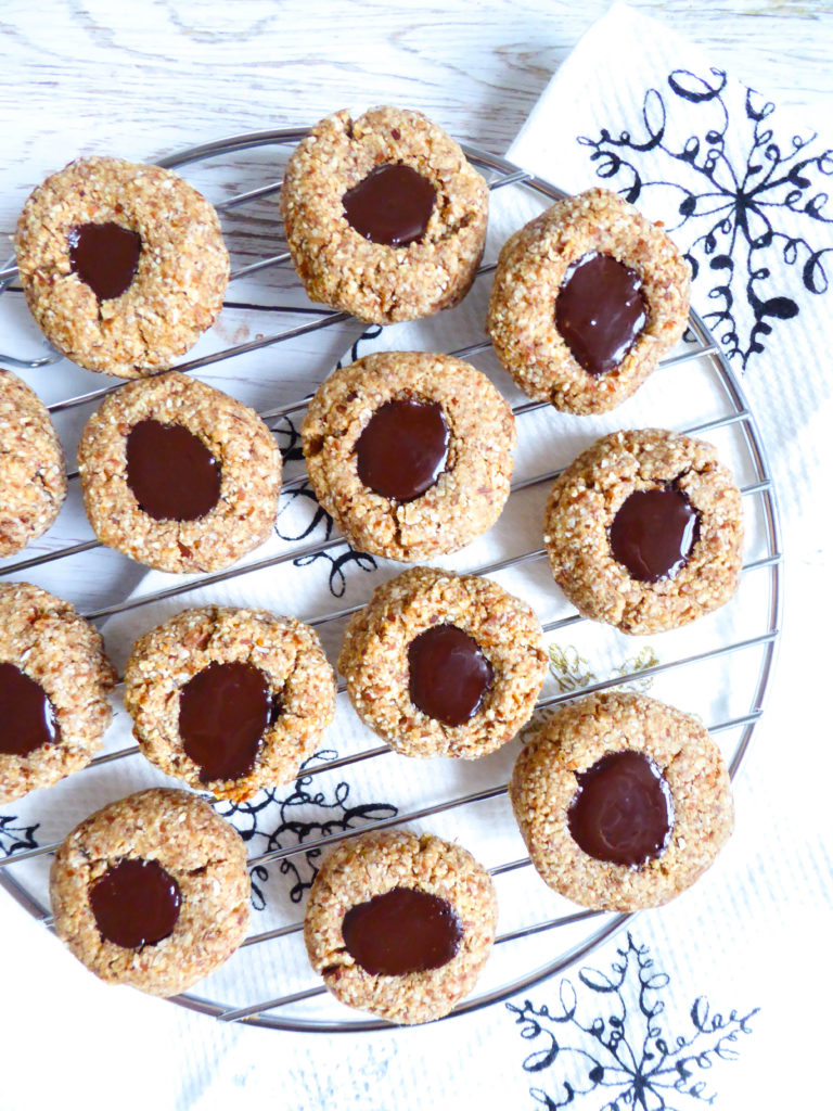 Thumbprint choco-nut butter cookies - Vegan and gluten-free healthy cookies