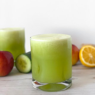 Detox Morning Green Juice - the best way to start the day fresh