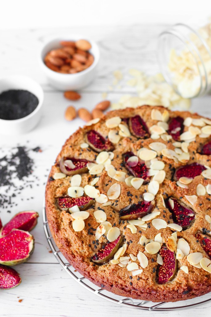Fig and date almond cake - gluten-free and vegan recipe ideal for Rosh Hashana or to make muffins with. Slightly sweet but high in flavors.