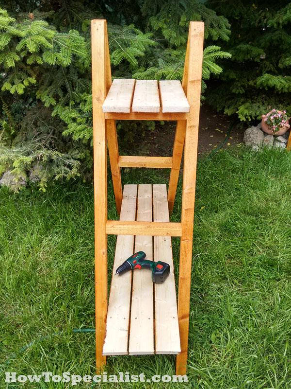 Diy Ladder Plant Stand Myoutdoorplans Free Woodworking