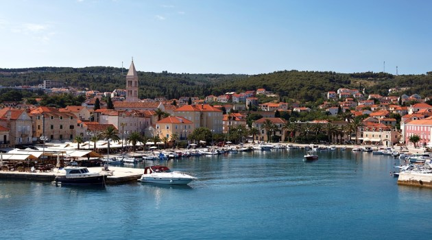 Croatia%20Photos/Supetar%20port.jpg
