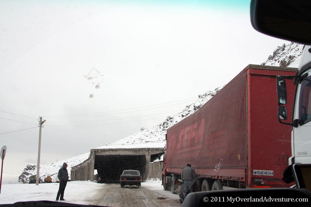 Tor Ashuu Pass