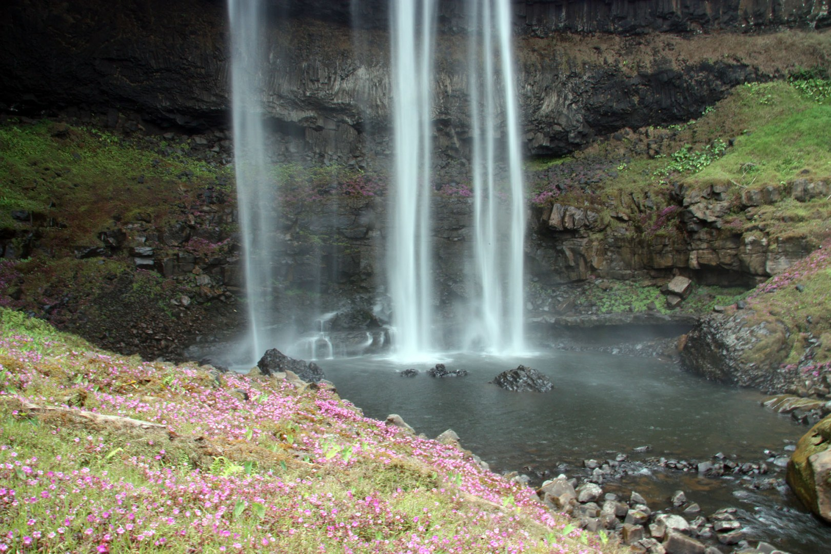 Katamtok waterfall