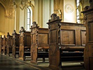 church-1515456_640