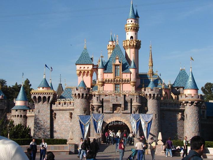 11-Disneyland Castle