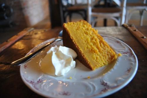 carrot cake lomi cafe paris