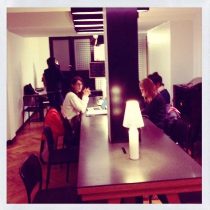 inside craft coffee shop paris