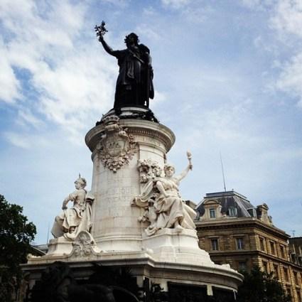 new photos place de la republic