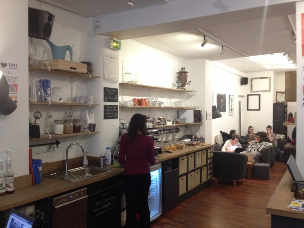 Anti cafe paris inside